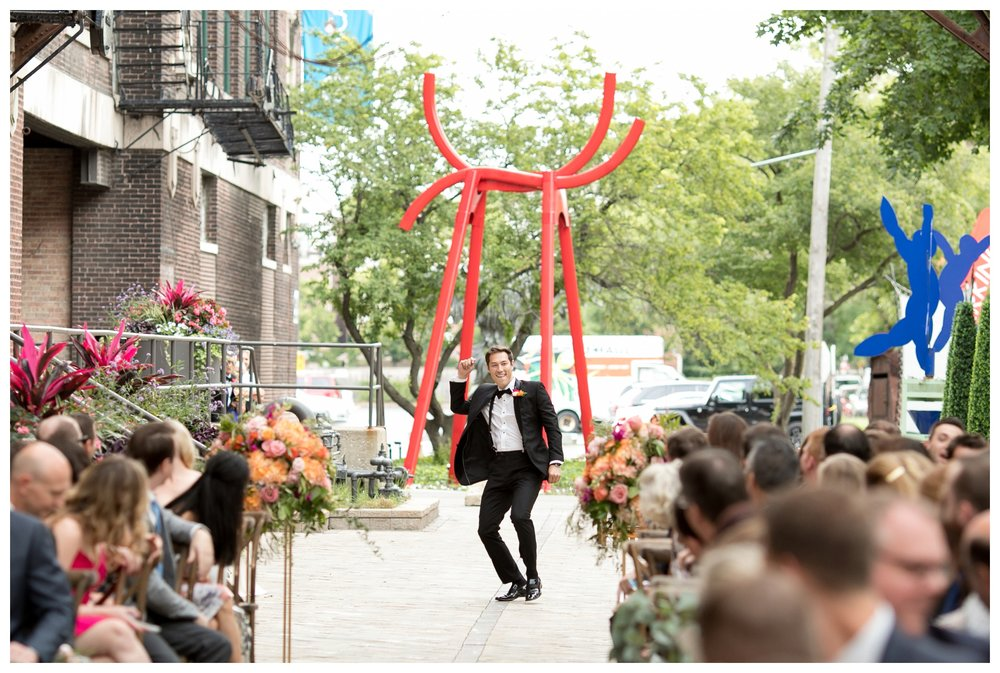 bridgeport-art-center-sculpture-garden-wedding-ceremony