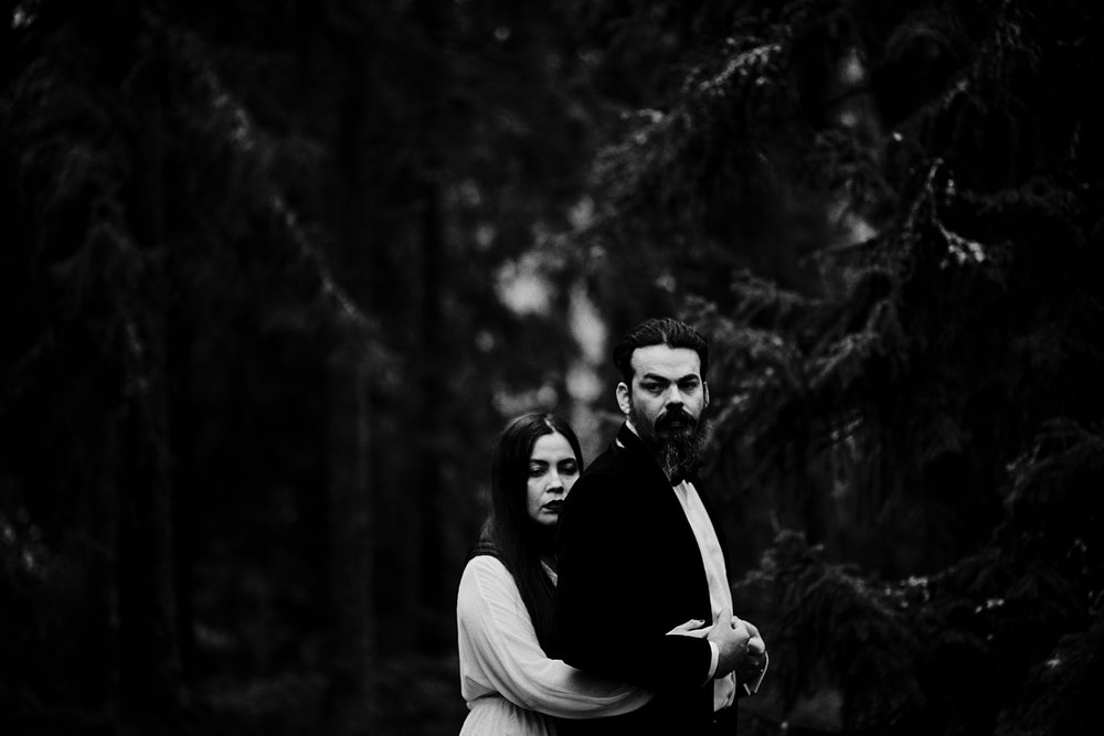 muse and mirror-wedding photographer sweden-after wedding shooting_0140.jpg