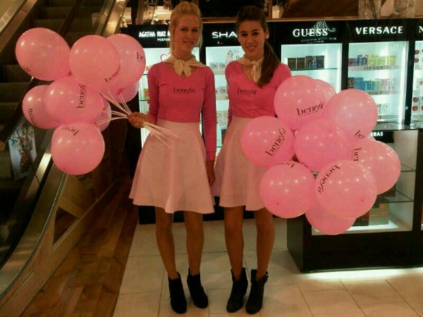 Launch promo for Benefit Chile in department store Falabella