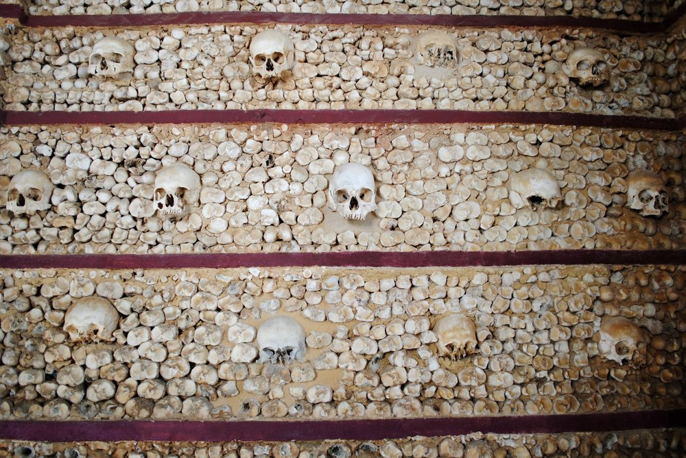 Completely by chance and without warning, we ended up in a chapel in Faro made from bones!