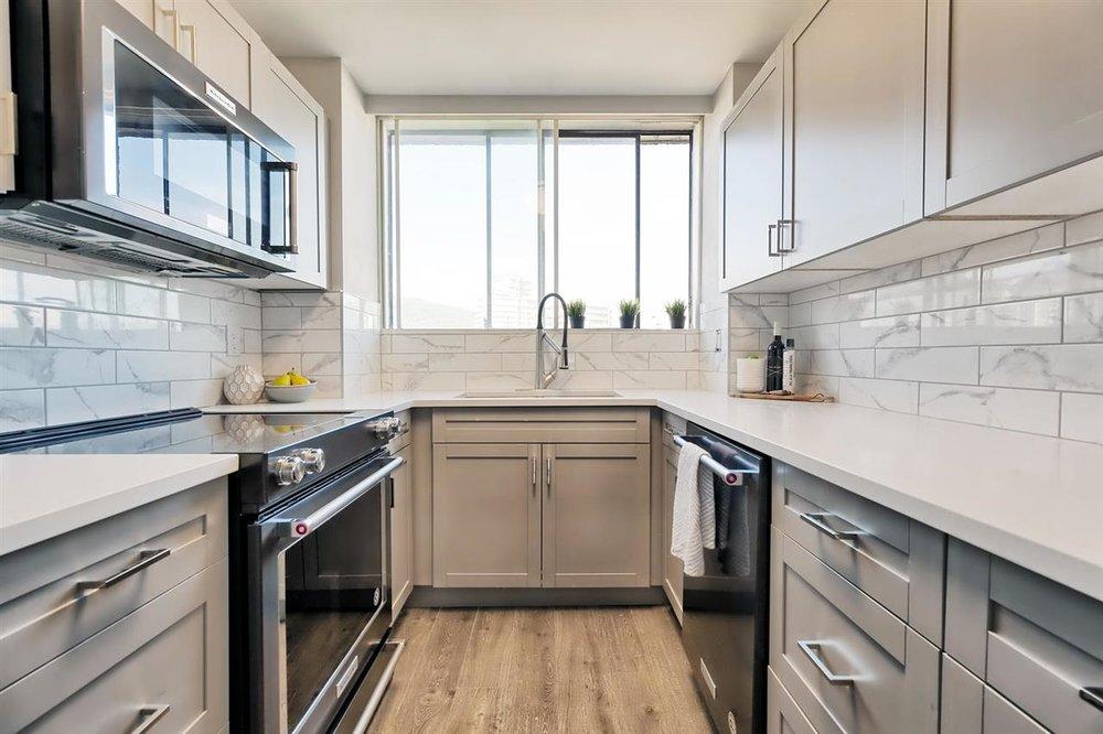 new kitchen2.jpg