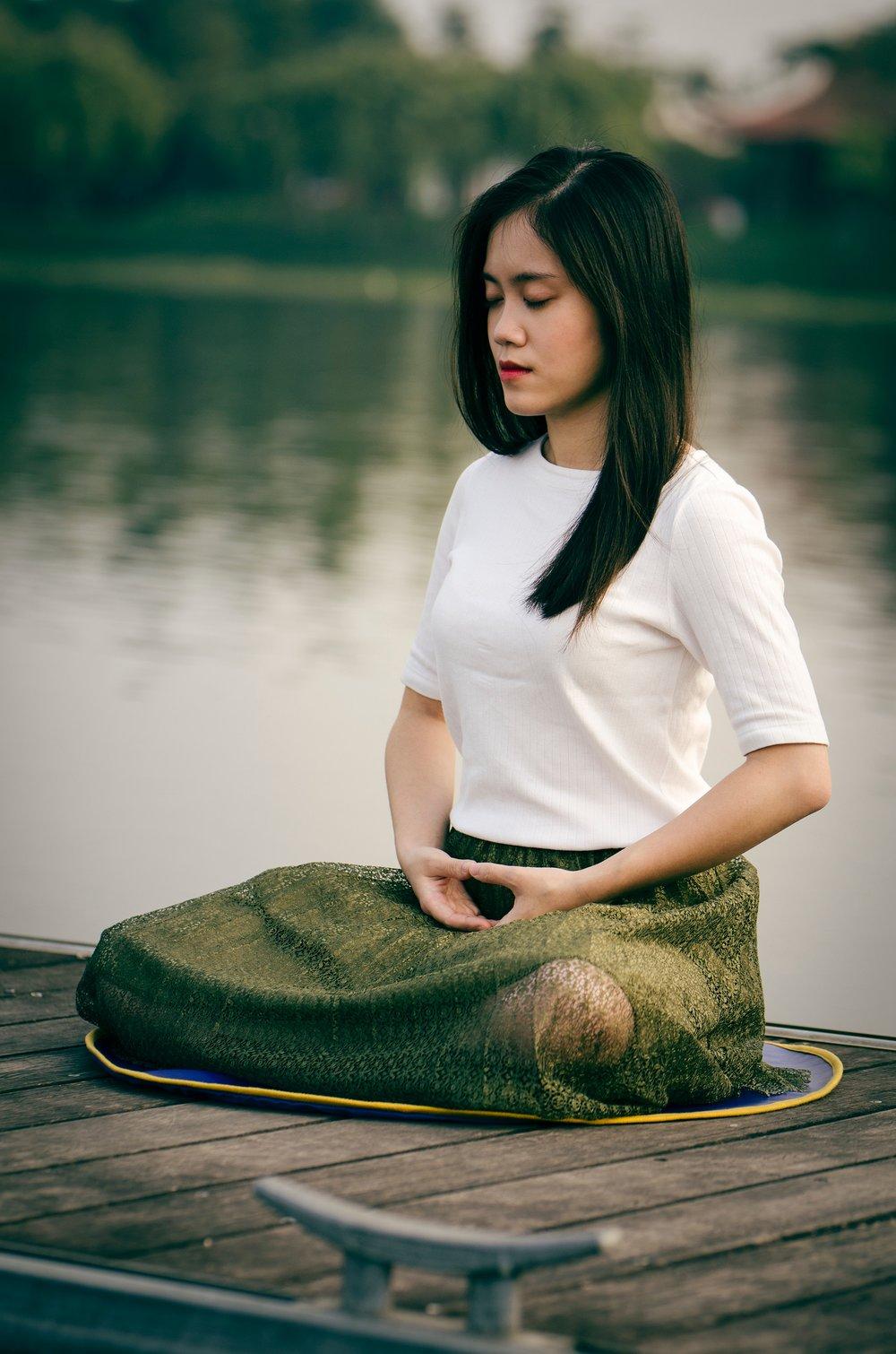 7-day-wellbeing-challenge-Meditation.jpg