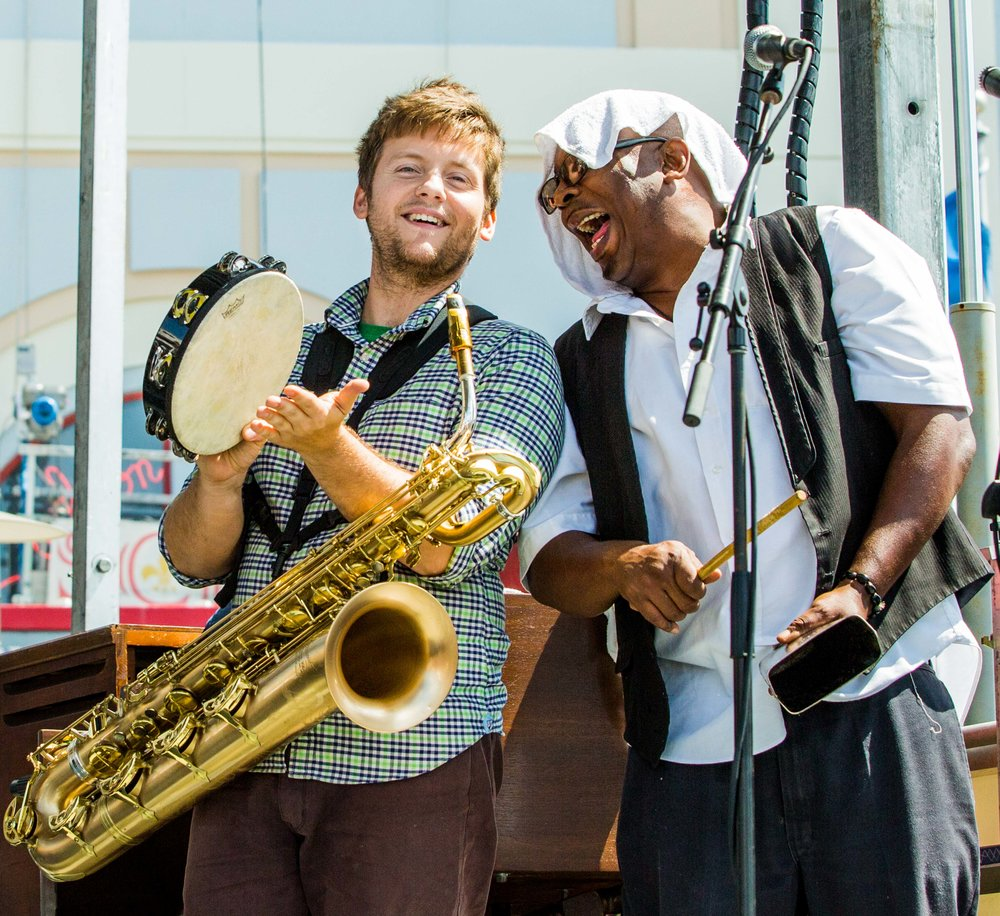 new-orleans-catahoulas-rnb-rhythm-blues-band-music-oliver-bonie-sax-kevin-louis-trumpet-french-quarter-fest