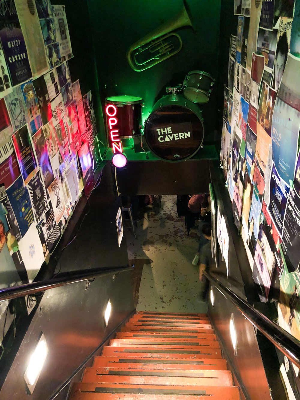Our Toronto hostel's underground bar & music lounge