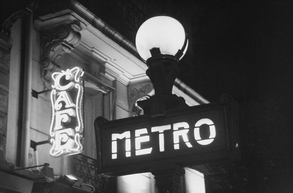 Metro_B&W01.jpg
