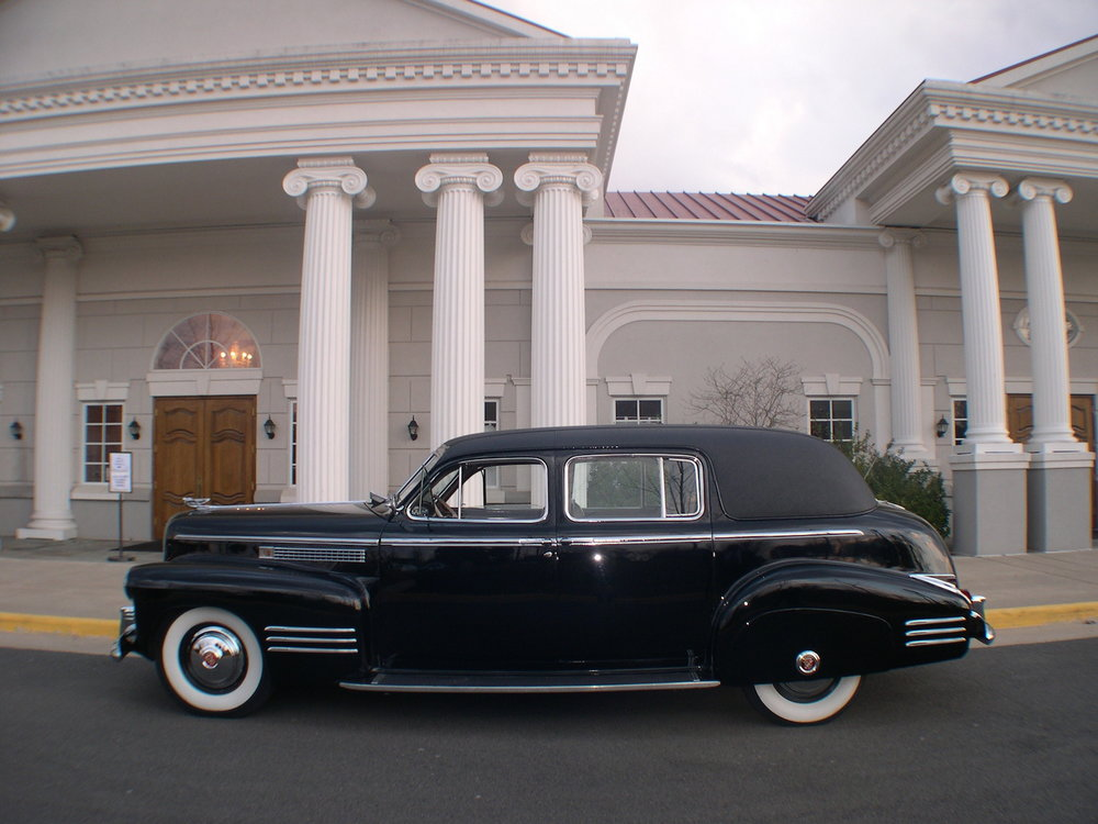 front-exterior-old-car.JPG