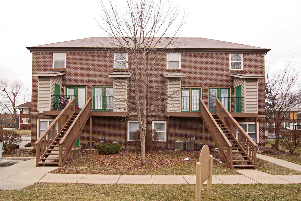 Ravenbrook Apartments