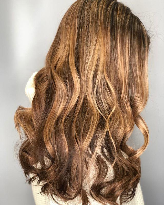 Mane goals 🦁 can be achieved with the right stylist. Victoria has the magic touch . . #razzmatazzhairstudio #bestofcapecod #create #redken #moroccanoil #caramelbalayage #shadeseq #beachwaveshair #behindthechair #capecodsalon #capecodhairstylist #foilayage #goodhairday #capecodhair #sunkissedhair #hairgoals #modernsalon #beautylaunchpad #hairinspo #licensedtocreate #weddinghair #ittakesapro