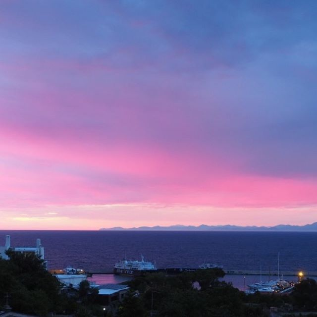 Last night's sunset in #ischia #pinksky #nofilterneeded