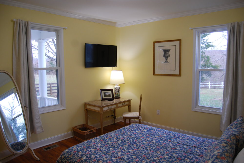 bedroom a1.JPG