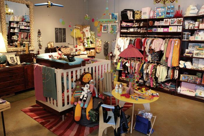 """<h2><a href=""""http://aldeababy.com/"""">Aldea Home + Baby</a>, 890 Valencia Street</h2>"""