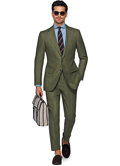 "<h2><a href=http://us.suitsupply.com/en_US/suits/harris-green-plain/P4851I.html?q=green"">Suitsupply Green Linen Suit</a></h2>"
