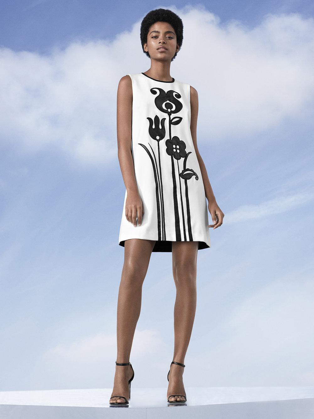 Mod Shift Tulip Appliqué Dress, $40