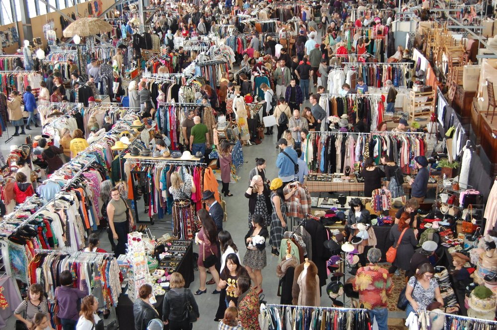 Photo courtesy of the Alameda Point Vintage Fashion Faire