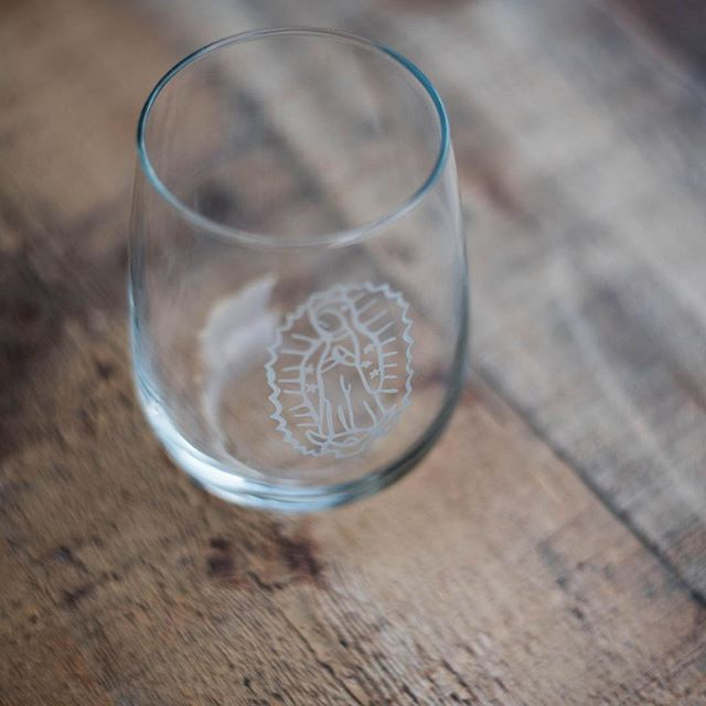 Only 4 of these unique Our Lady of Guadalupe stemless wine glasses left in our store! Order one or the whole set!⠀ 🍷https://lumibox.cratejoy.com/shop/product/1160331806