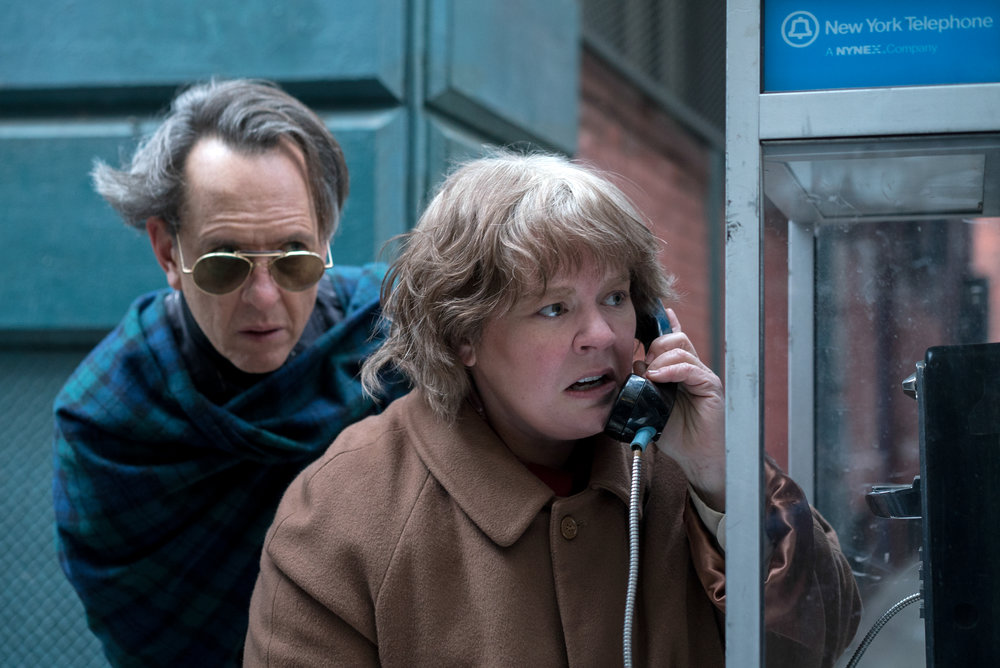 Richard E. Grant and Melissa McCarthy in Can You Ever Forgive Me? Photo by Mary Cybulski. © 2018 Twentieth Century Fox Film Corporation All Rights Reserved