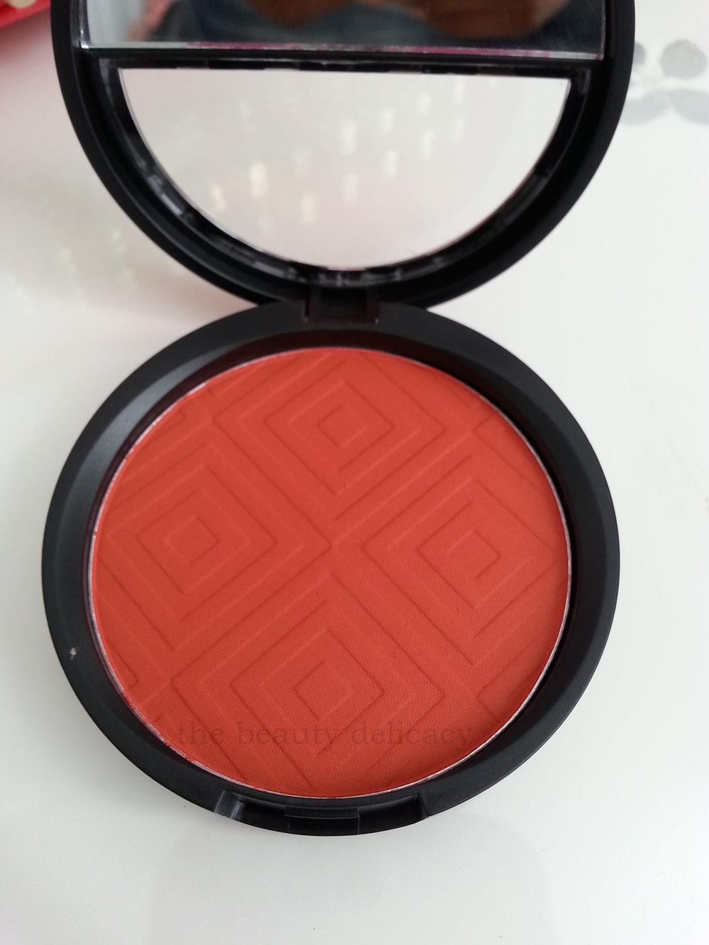 radiant blush-003