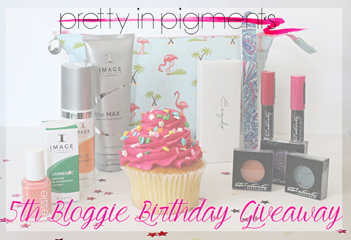 PIP-Bloggie-Birthday-giveaway
