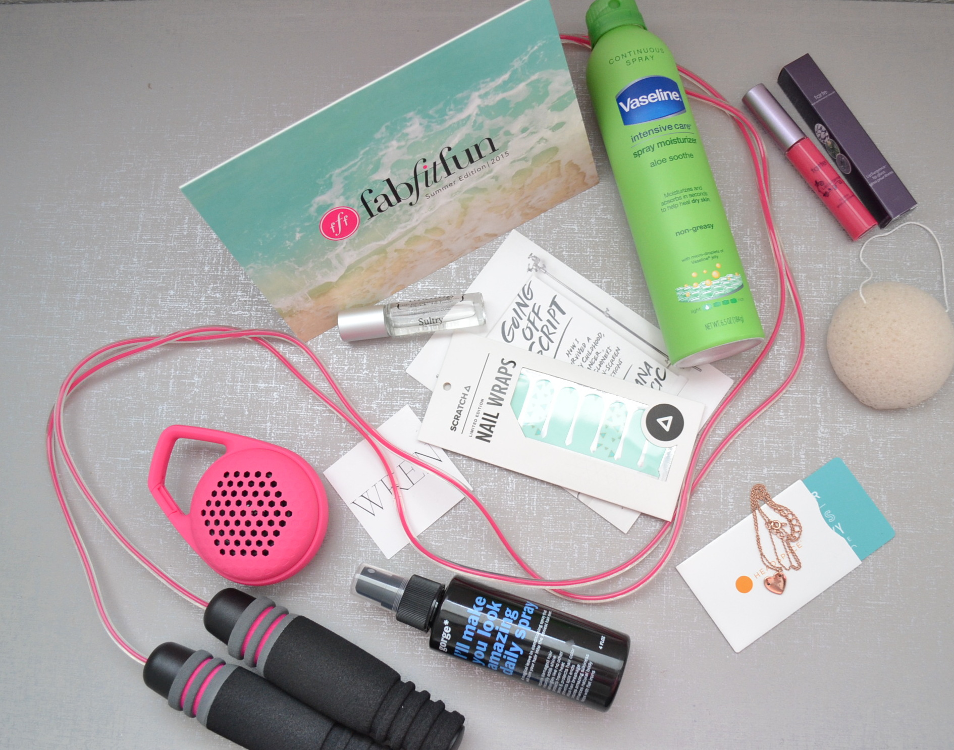fab fit fun summer edition box