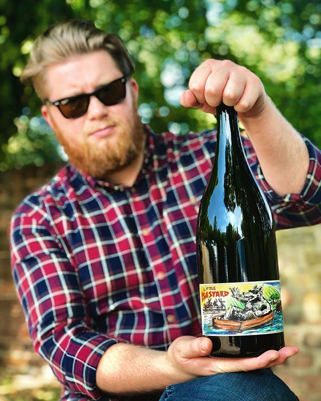 Check out the not-so-little 'Little Bastard' - I'm of course talking about the wine, not the fat bastard holding it... We've managed to get our hands on just 3 magnums of a very limited production of one of my favourite summer wines. A blend of 65% Riesling and 35% Sauvignon Blanc from Mosel Valley, Germany. It comes unfined and unfiltered with absolutely no SO2 additions. For me, it provides one of the finest examples of how malolactic fermentation can change a wine. Two pretty acidic grape varieties are tamed and made into this peach yoghurt tasting beaut. We managed to snag just 3 bottles but since I began writing this caption, we're already down to just 2!  #staffelterhof #naturalwine #riesling #sauvignonblanc #mosel #germanwine