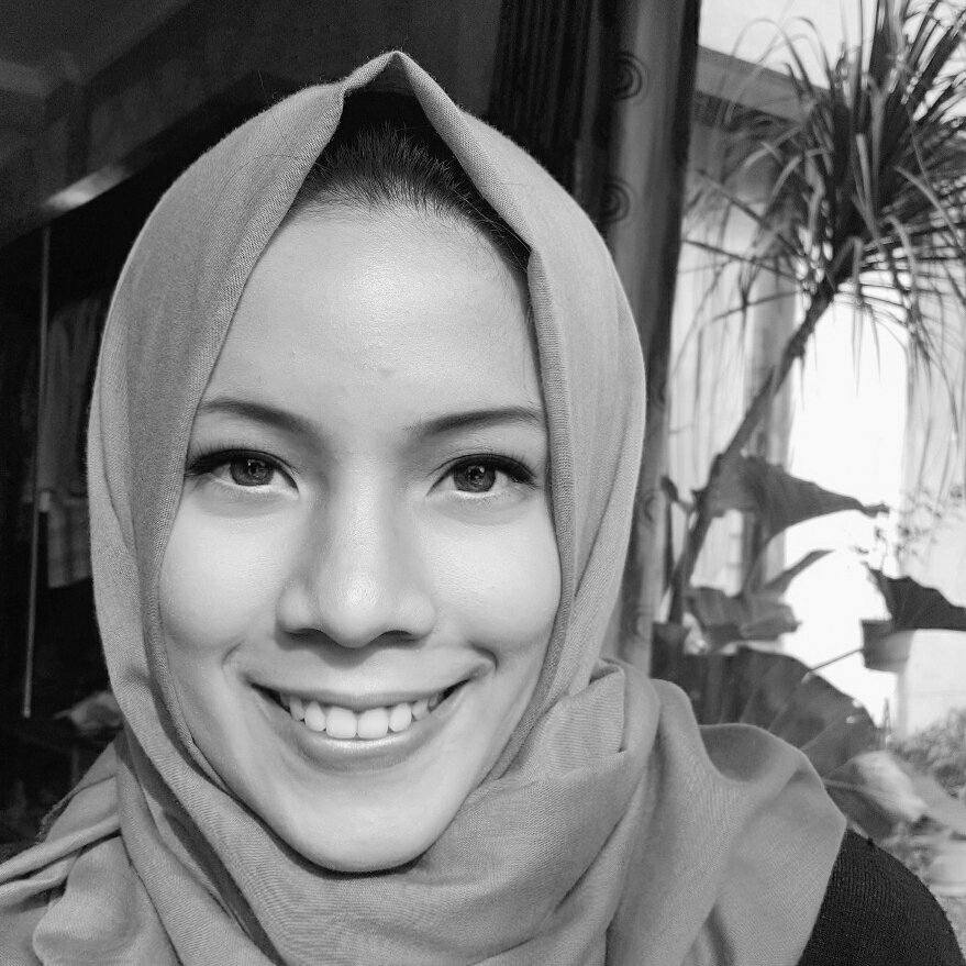 Ghina Nabilah jakarta, Indonesia Creative Enterpreneurship Team, Indonesian Youth for SDGs Ghina is young architect and a member of Creative Enterpreneurship Team at the Indonesian Youth for SDGs. As an architecture consultant, she is passionate about building environmentally sustainable, inclusive and resilient cities, and continuously looking for sustainable and scalable design solutions to urban development challenges. As a local pathways fellow, she aims to develop and implement solutions that would help adress the challenges cities in Indonesia face amidst rapid urbanization. Ghina holds a degree in Architecture from the Gadjah Mada University.