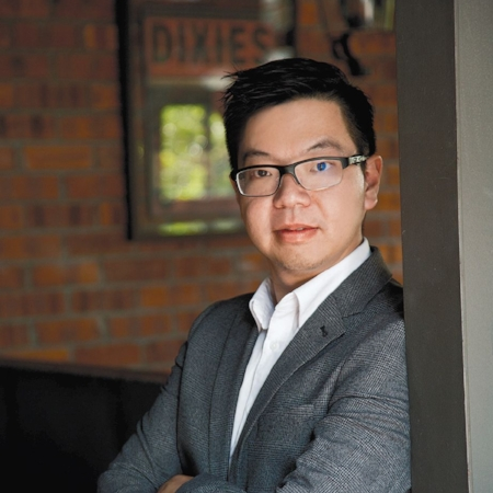 Renard Siew   Kuala Lumpur, Malaysia   Head Unit- Corporate Sustainability, Sime Darby Property   Renard is Head Unit- Corporate Sustainability for Sime Darby Property and is a member of the World Economic Forum Expert Network. Prior to this, he was a postdoctoral teaching fellow and a researcher at the Centre for Energy and Environmental Markets (CEEM). Renard is a graduate of Cambridge University and UNSW. He was the recipient of the Yayasan Sime Darby Scholarship, Cambridge Bursary Scholarship and ARG Hermes Scholarship among others.