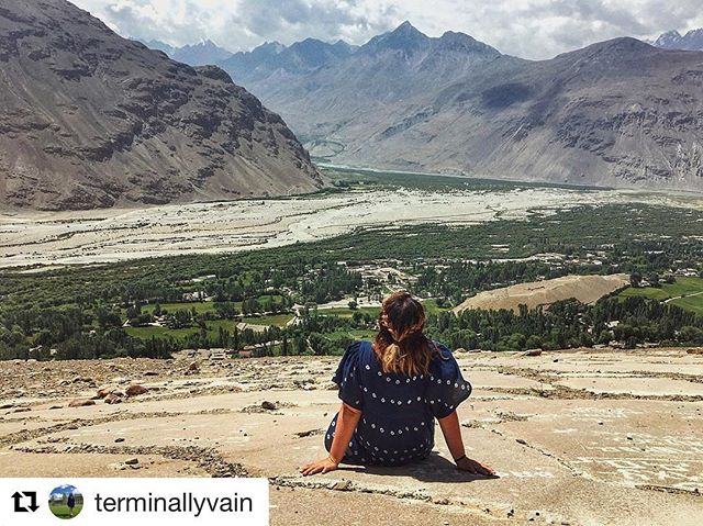 📷@terminallyvain 🏔⛰🏞🏔⛰・・・➡️ www.visitpamirs.com #nature #mountainstories #camping #naturephotography #pamirmountains #roofoftheworld #beautifuldestinations #outdoors #tajikistan #centralasia #wakhan #pamir #visitpamirs #roofoftheworld #путишествие #Таджикистан #travel #wanderer #wakhanvalley #visitpamirs #explore #tajikistan #igdaily #picoftheday #красота #view