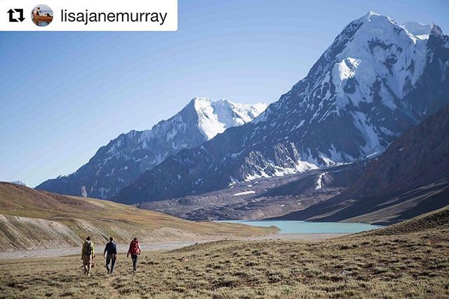 📷 @lisajanemurray ・・・ . For any travel-info . ➡️ www.visitpamirs.com . ⛰🏔🗻🏔⛰ 🚵🏼⛺️🏃🏽🏞 #centralasia #mountaineering #climbing #trekking #visittajikistan #visitpamirs #pamirhighway#naturephotography #pamirmountains #roofoftheworld #outdoors #путишествие #Таджикистан #picoftheday #wanderlust  #paradise #nature #landscape #biketour #bikecamping #clouds #bike #travel  #wakhanvalley #explore #tajikistan #picoftheday #красота #природа