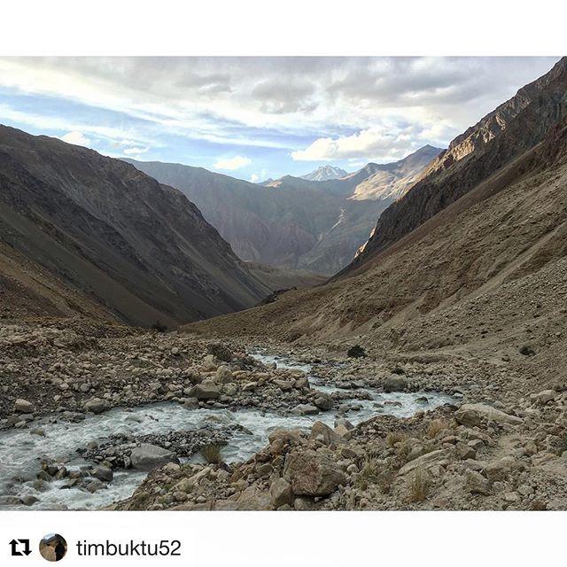 📷 @timbuktu52 ・・・ #centralasia #tajikistan #bartang #pamir #visitpamirs #pecta