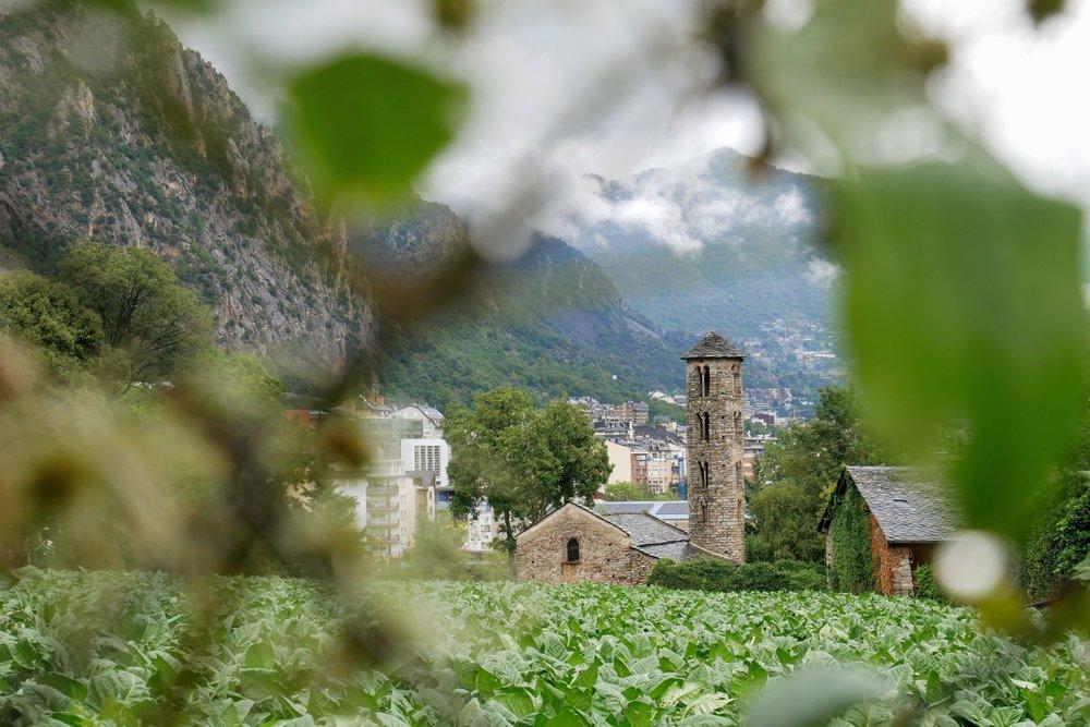 Iglesia de Santa Coloma - Andorra - TravelHolics