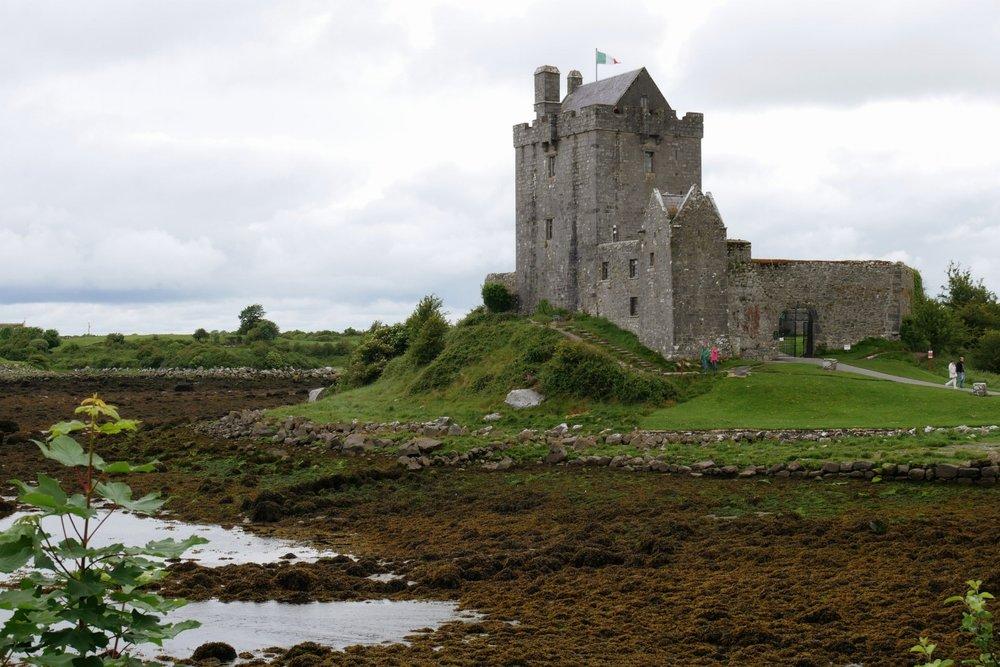 Castillo de Dunguaire con marea baja