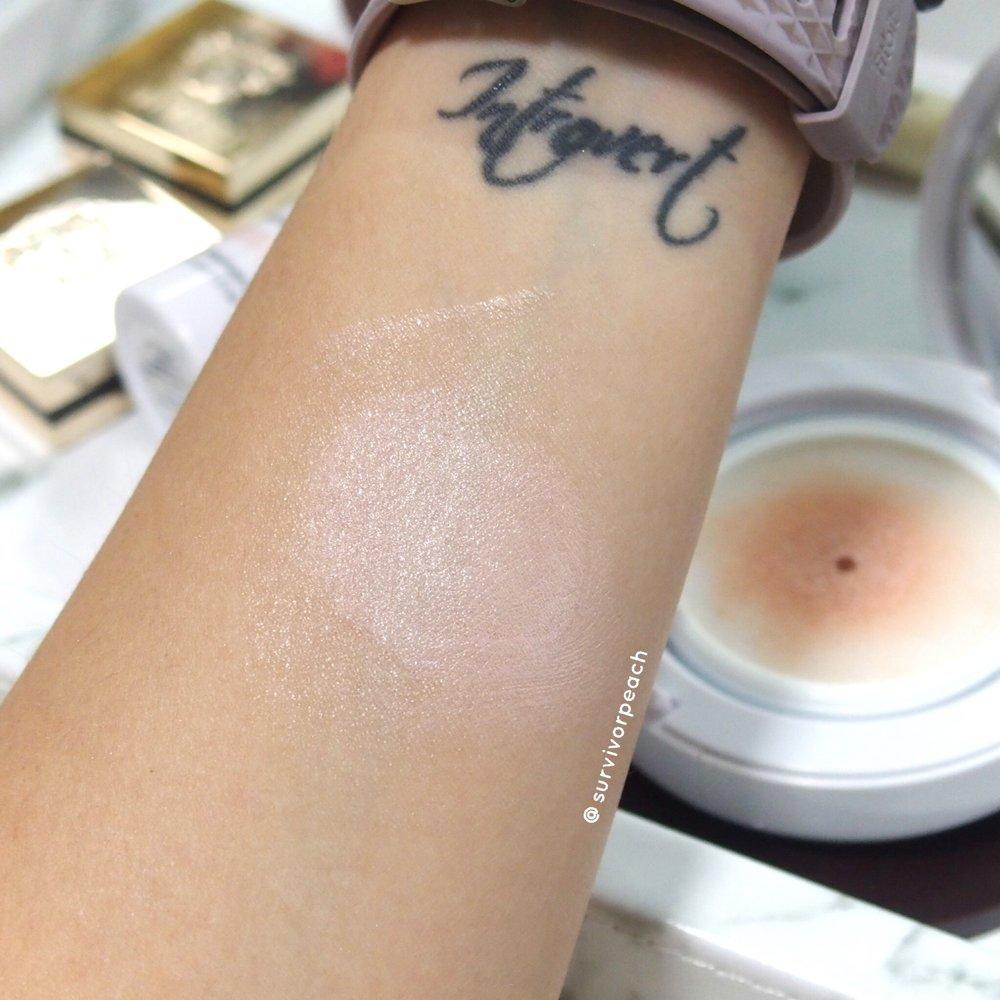 Bobbi Brown Skin Radiant Glow Cushion Compact SPF 50 PA+++ swatch