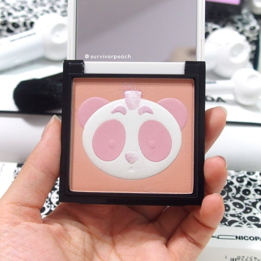 Mac Nicopanda Gleamer Face Powder