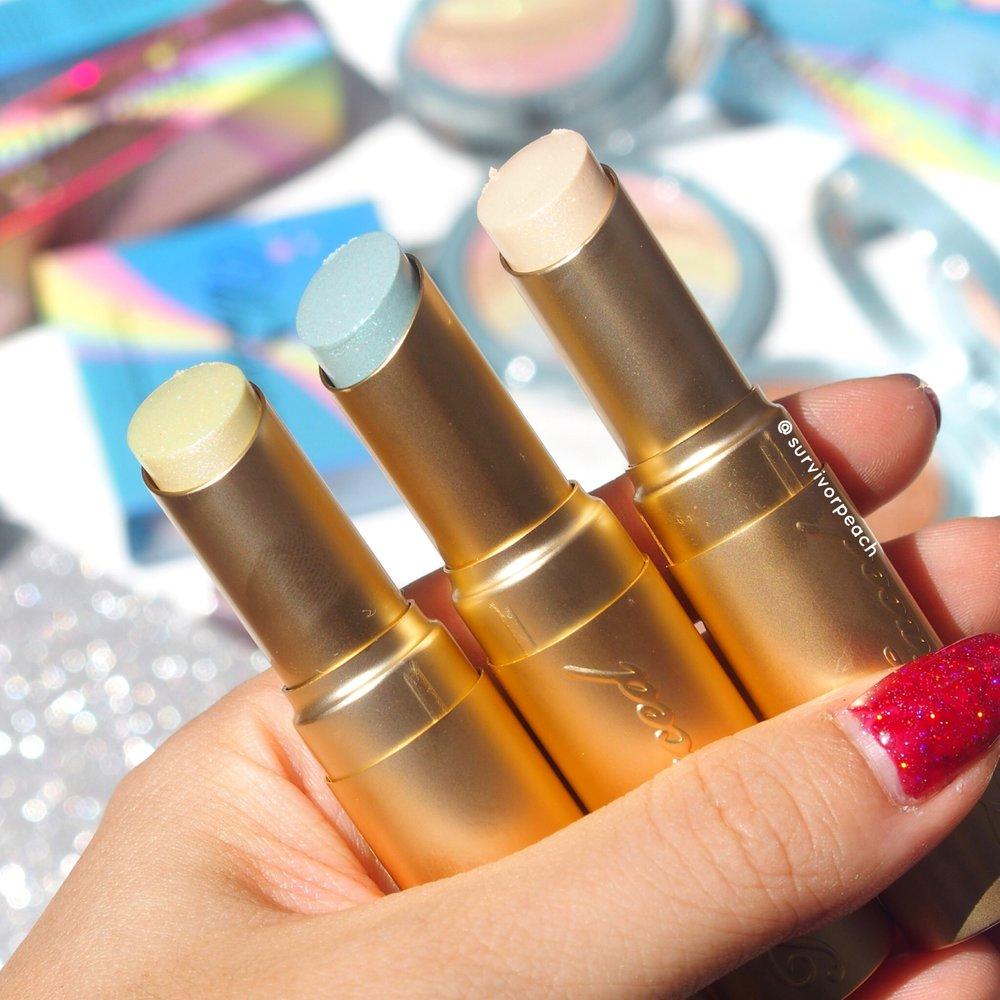 La Crème Mystical Effects Lipsticks swatches