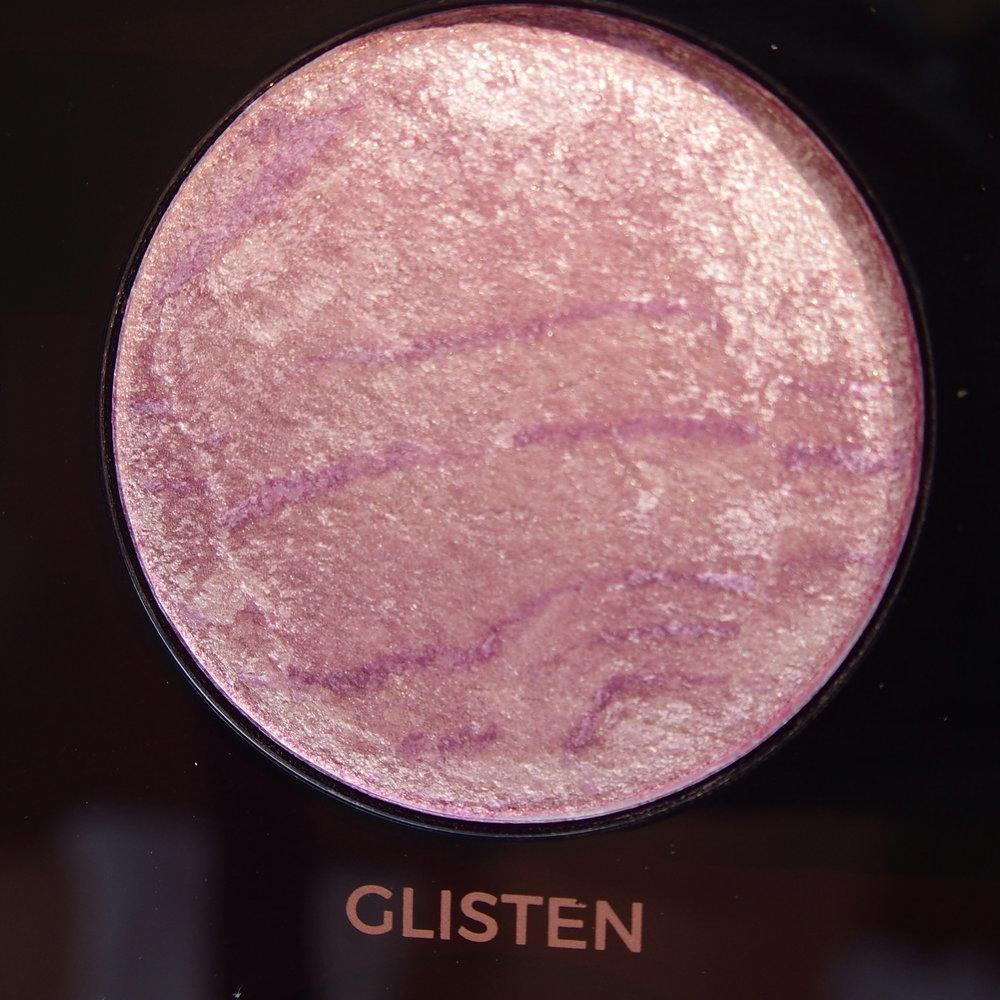 Makeup Revolution Pro HD Amplified Get Baked Palette swatches - Glisten