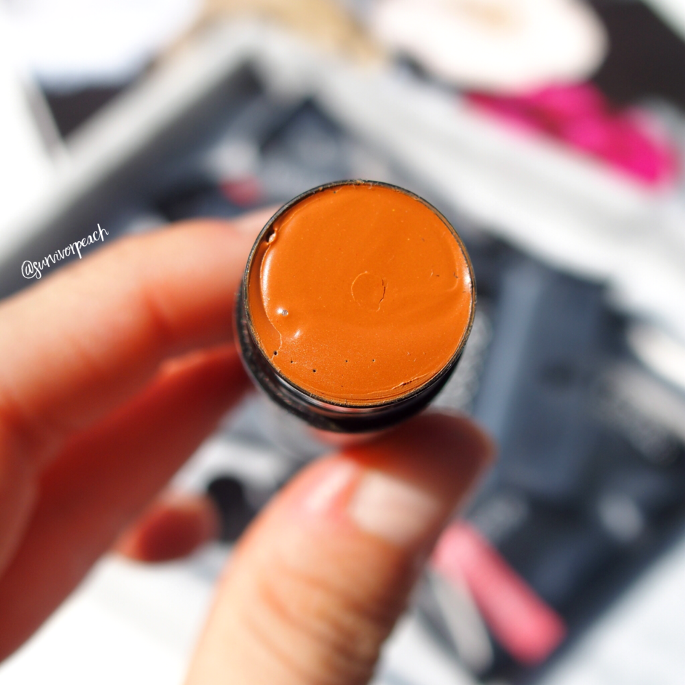 Lesson Thailand Healthy glow Tinted Glow Lip Balm in Honey