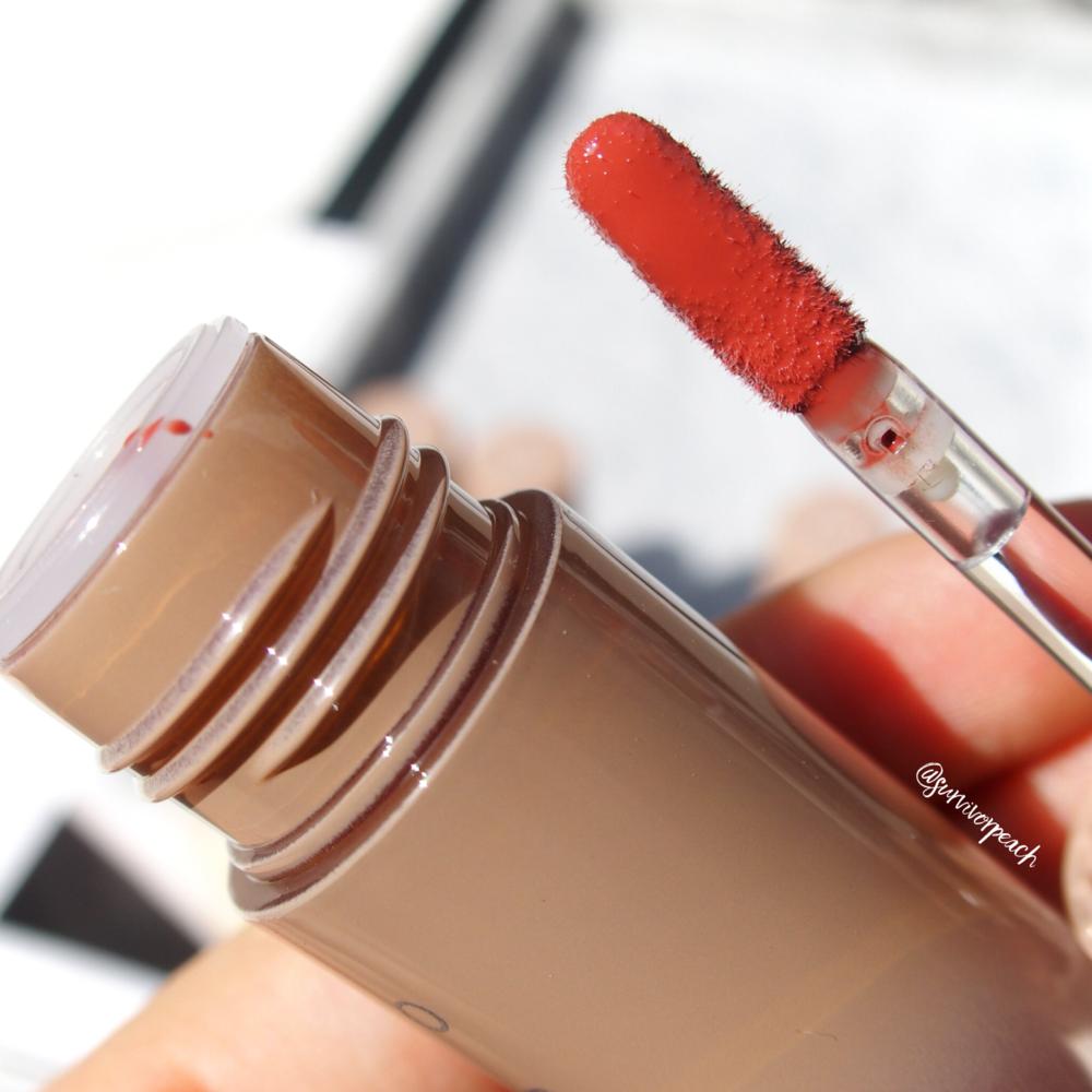 Zenn Cosmetics Glossy Lip Color in Oneday
