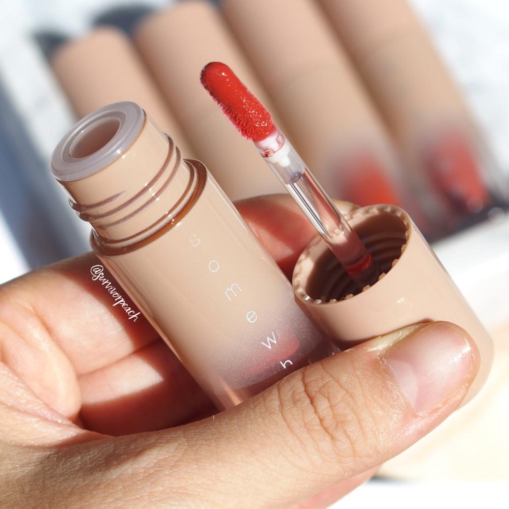 Zenn Cosmetics Glossy Lip Color in Somewhere