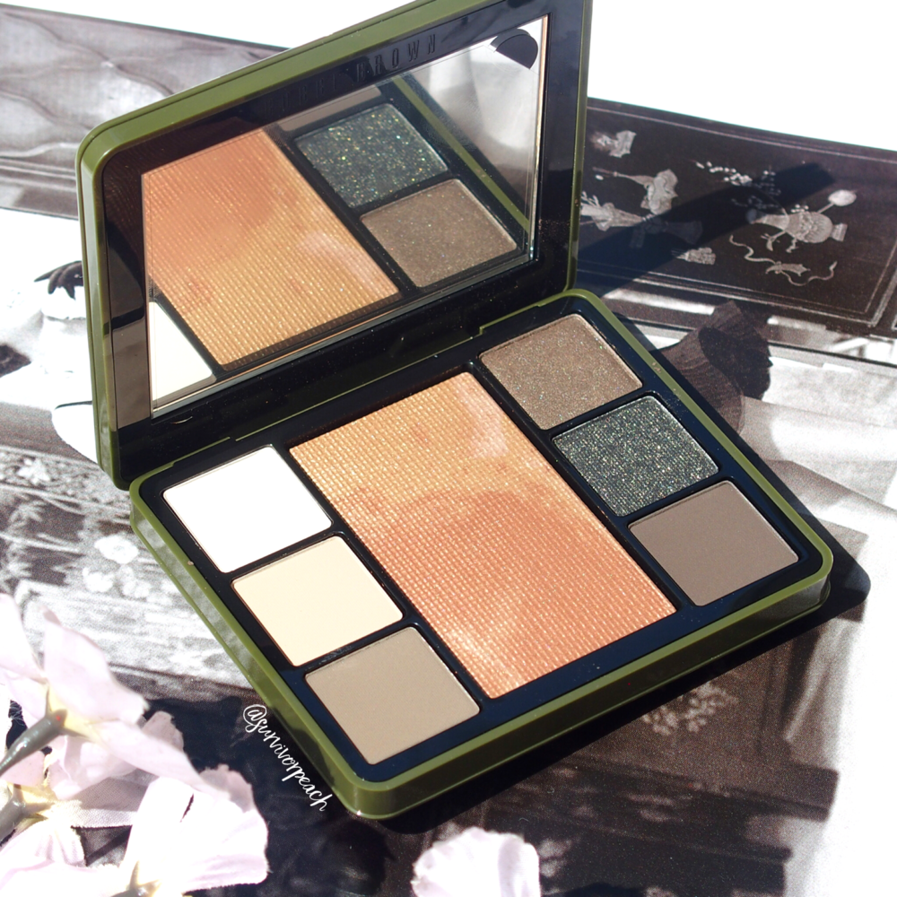 Bobbi Brown Camo Luxe Eye & Cheek palette.