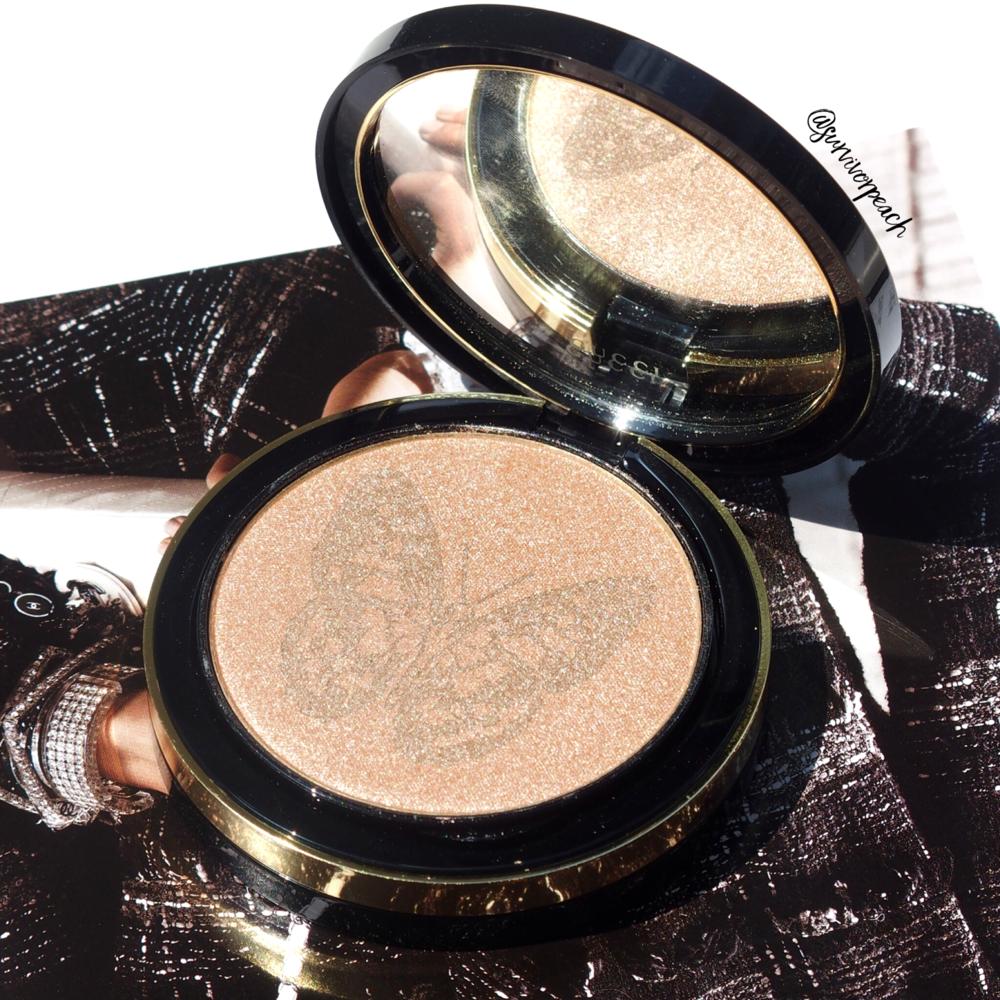 Gucci Illuminating Powder in Sunstone