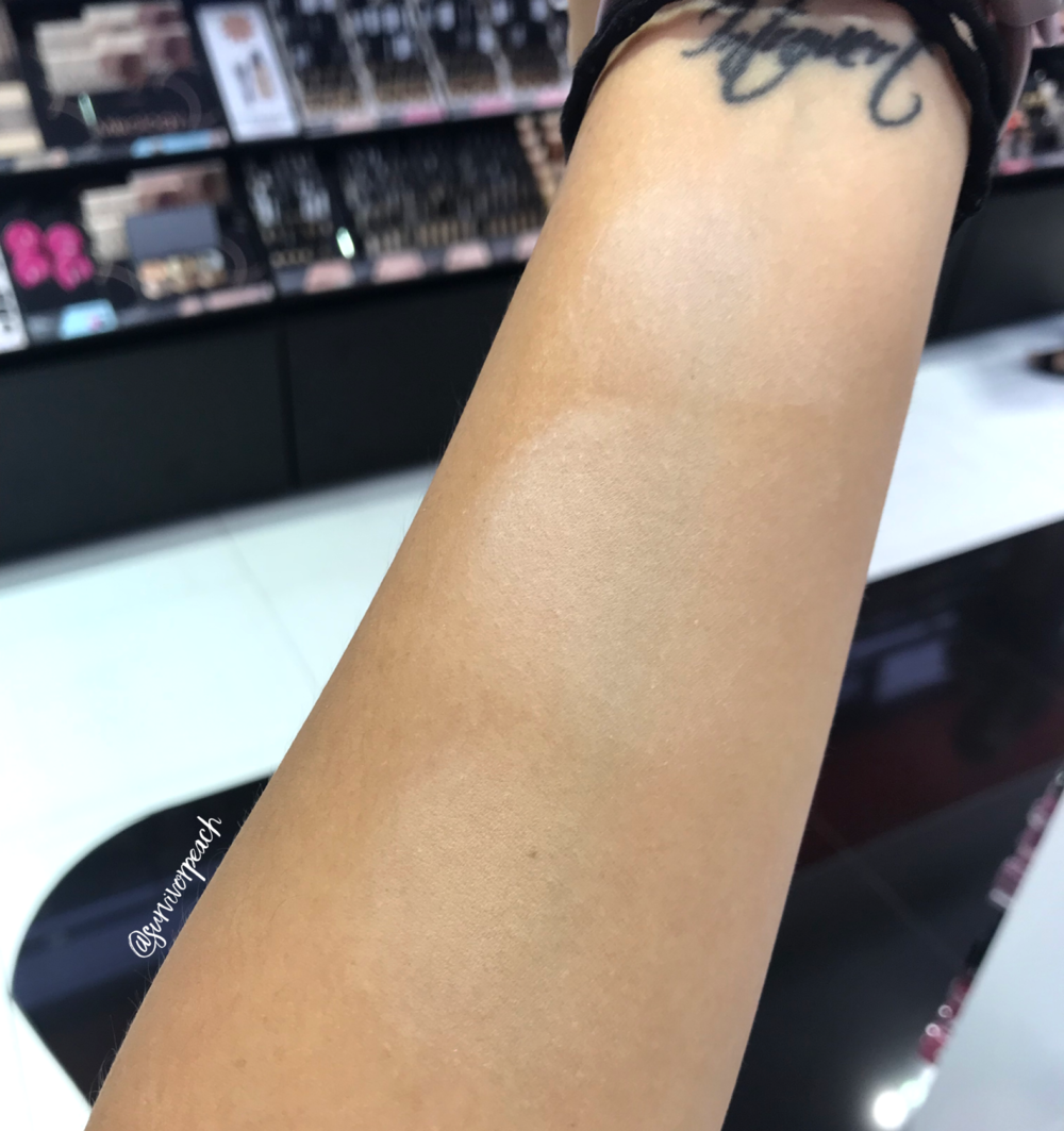 Blended Swatches of the Fenty Beauty Pro Filt'r Instant Retouch Setting Powder - Lavender, Butter, Banana