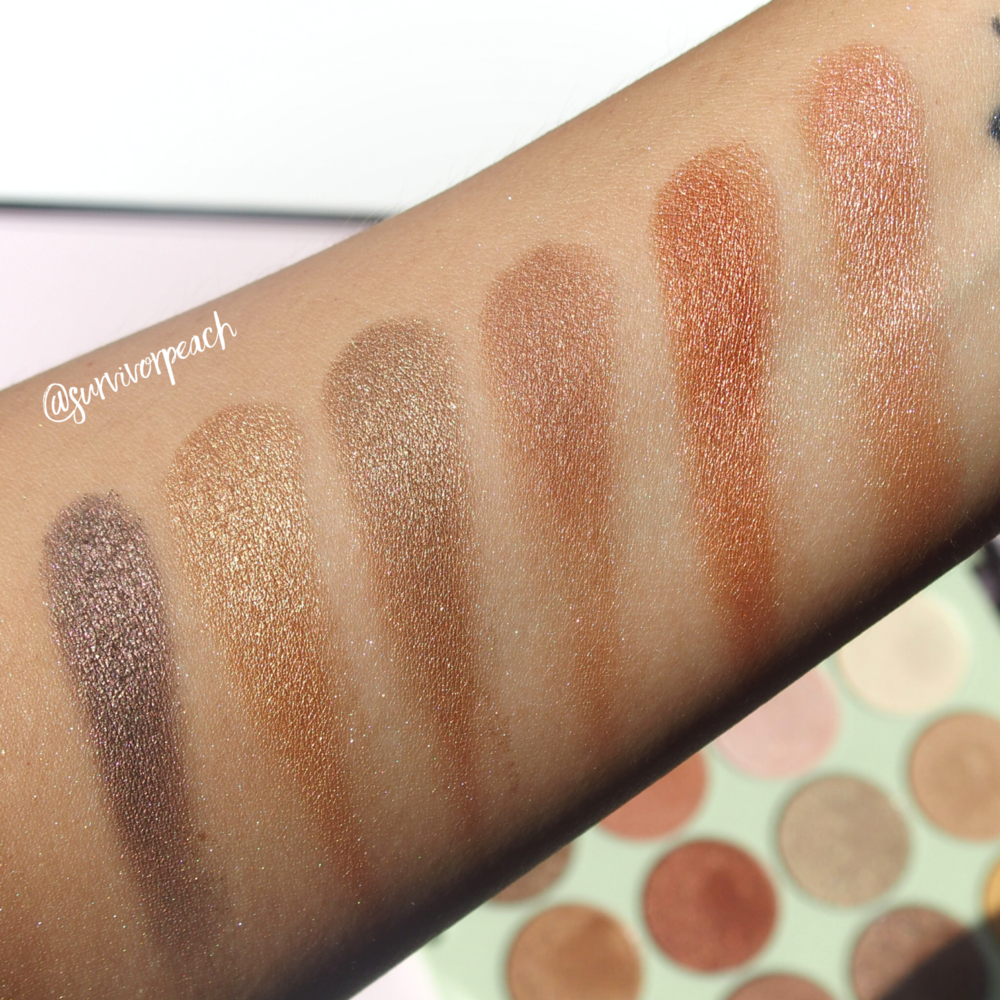 Swatches of the Pixi by Petra Eye Reflections Shadow palettes - Reflex Light
