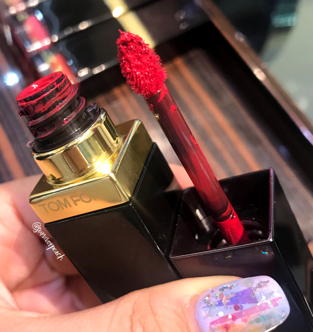 Tomford Lip Lacquer Luxe Vinyl in shade 07 Intimidate