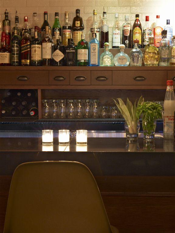 Bar 675_06.jpg