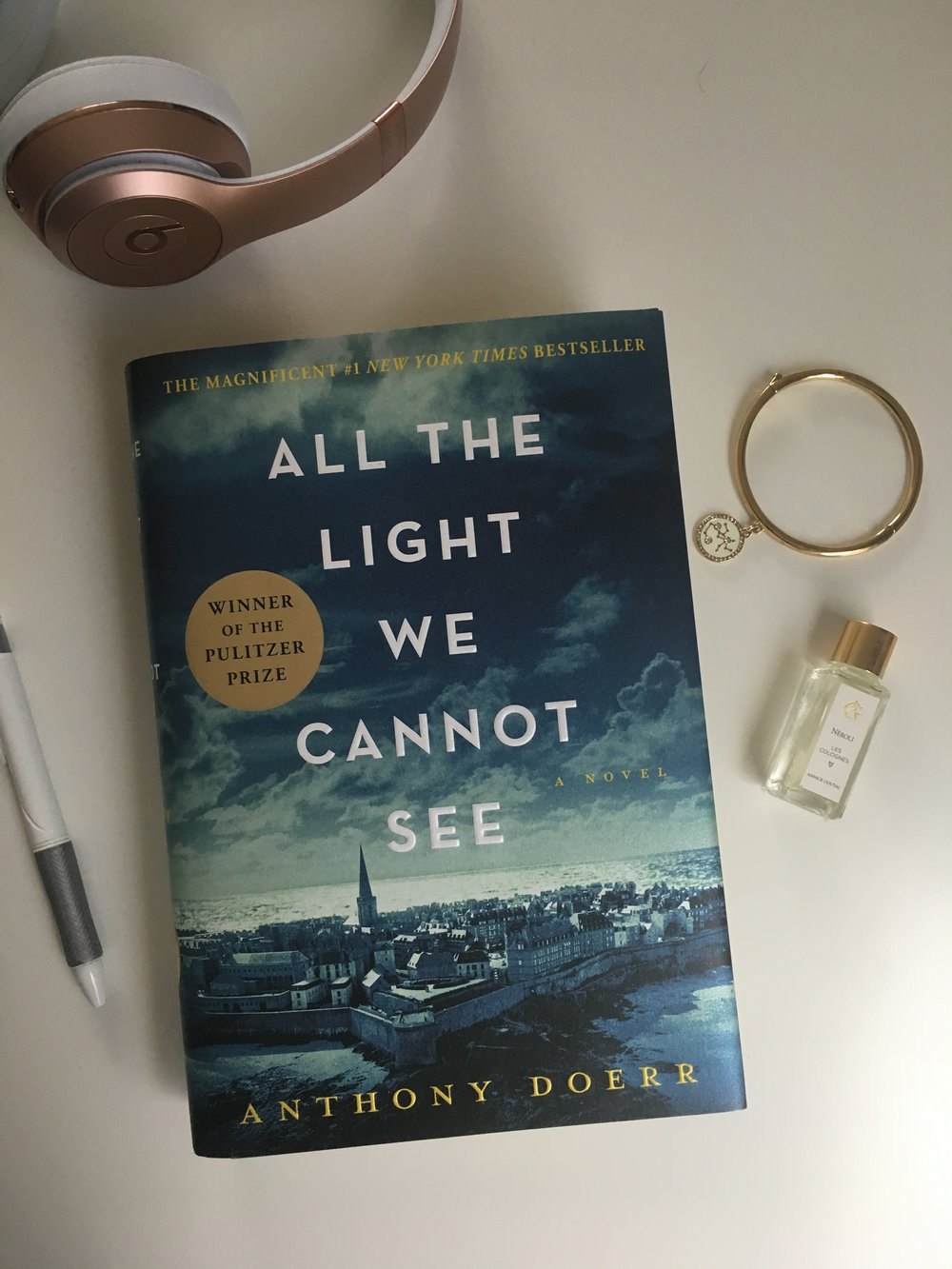 All The Light We Cannot See Is A Well Deserved Recipient Of The Pulitzer  Prize. It Is A Powerful Example Of Narrative Tension, Achronological  Storytelling, ...