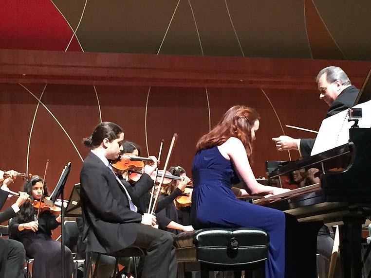 Amanda Zook performing Beethoven's third piano concerto Op. 37