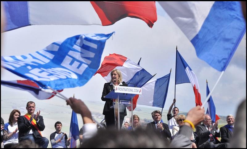 Meeting du FN le 1er mai 2012 (Crédits :Blandine Le Cain/CC)