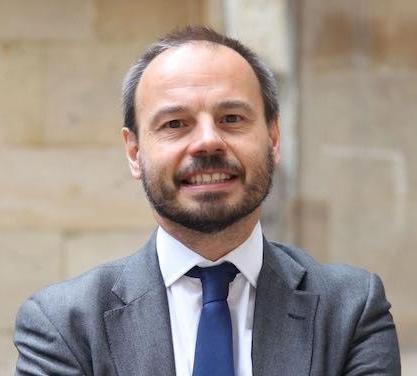 Philippe Hayez Promo 81, diplômé en service public