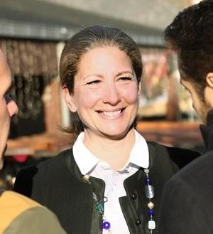 Laure Darcos, sénatrice de l'Essonne, promo 15