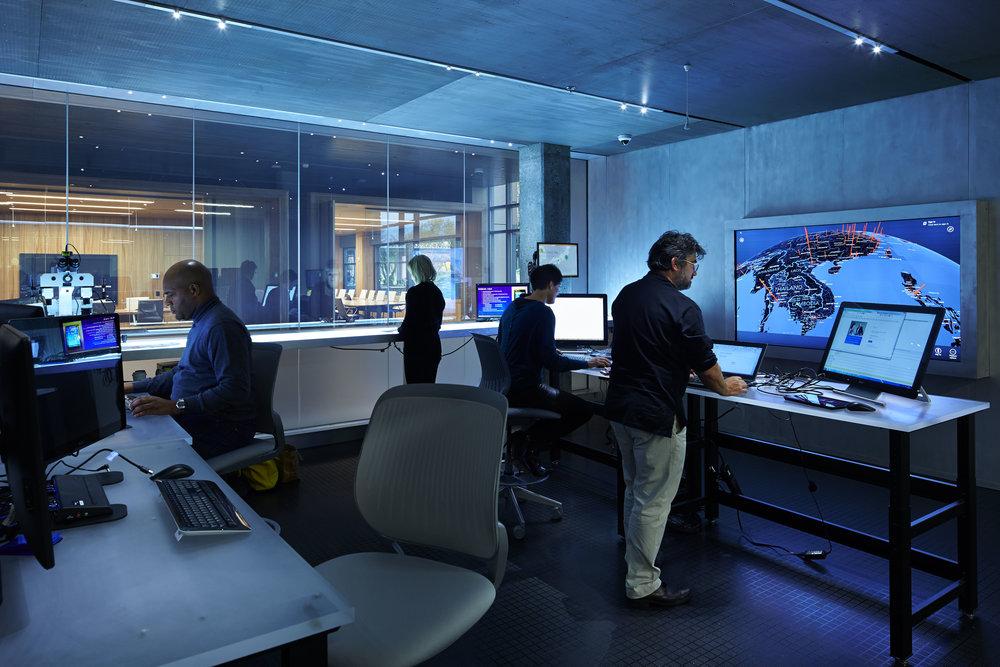 La  Digital Crime Unit , l'unité chez Microsoft spécialisée dans la lutte contre la cybercriminalité.